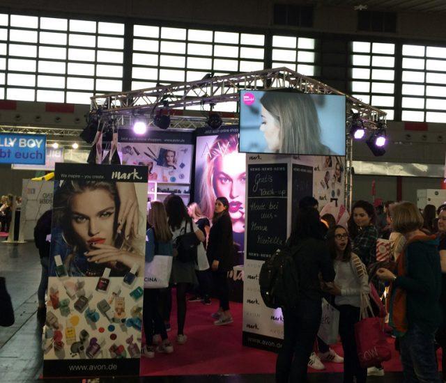 GLOW 2018: AVON rockt das Ruhrgebiet