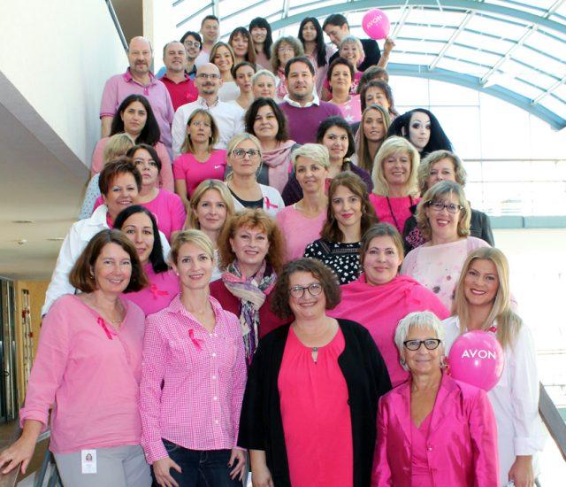AVON Deutschland feiert den Pink Day