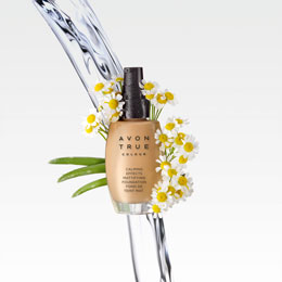 Avon Calming Effects Leichte Foundation mit LSF15