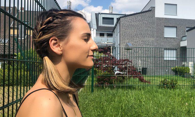 Einfache Frisuren wenn es warm ist