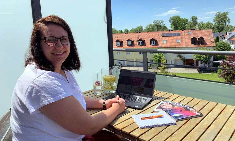 Amila Kos AVON Content Upload Specialist E-Commerce Job München