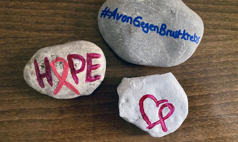 Brustkrebsmonat Oktober Avon gegen Brustkrebs